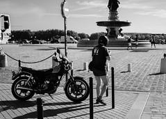 DSCF2818 (LexomIA) Tags: bordeaux street urbain bw nb streetphotography