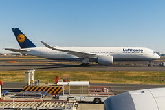 Lufthansa A350-941 D-AIXA 0011 (A.S. Kevin N.V.M.M. Chung) Tags: aviation aircraft aeroplane airport airlines apron plane spotting hnd tokyo taxiway taxiing lufthansa airbus a350 a350900xwb
