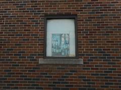 Wine (navejo) Tags: montreal quebec canada window wine brick