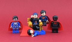 Dc minifigs #32 : Various Supermen💪 (Alex THELEGOFAN) Tags: lego legography minifigure minifigures minifig minifigurine minifigs minifigurines superman shadow evil bad manchester black dc comics super heroes red robot bot strong superboy