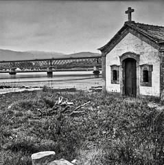 ...Viana do Castelo... (Quintín Noriega) Tags: vianadocastelo portugal standdevelopment medioformato mediumformat 6x6 rodinal reveladocasero 80mm voigtländer voigtländerperkeoii