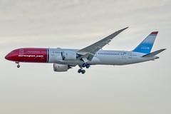 LN-LNT - Norwegian - Boeing 787-9 Dreamliner (John Klos) Tags: 38774 a6400 b787 b7879 beacon boeing boeing787 brookville dreamliner ilce6400 jfk jfkintlairport jfkinternationalairport johnklos kjfk lnlnt nax newyork norwegian queens sony sonya6400 sonyfe70300mmf4556goss aircraft aircraftspotting airline airplane airplanespotting approach aviation backlit jet spotting strobe sunset newyorkcity unitedstatesofamerica