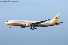 Photo of V8-BLA | Royal Brunei Airlines | Boeing 777-212(ER) | EGLL | 06-07-2013