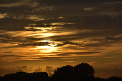 zon onder 17.8.19 (1) (rspeur) Tags: almere thenetherlands sunsets skies
