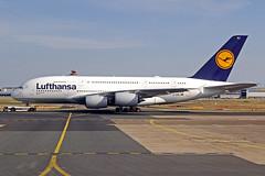 "Lufthansa Airbus A380-841 D-AIMJ ""Bruessel"" FRA 01-07-19 (Axel J.) Tags: lufthansa airbus a380 daimj bruessel fra frankfurt rheinmain eddf fraport luftfahrt fluggesellschaft flughafen flugplatz aircraft aeroplane aviation airline compagnieaérienne aerolínea luchtvaartmaatschappij airport airfield 飞机 vliegtuig 飛機 飛行機 비행기 авиация самолет תְעוּפָה hàngkhông avion luchtvaart luchthaven avião aeropuerto аэропорт port lotniczy aviación aviação aviones samolot jet linienflugzeug vorfeld apron taxiway rollweg runway startbahn landebahn outdoor planespotter planespotting spotter spotting fracht freight cargo"