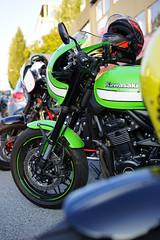 Kawasaki green (Eric Flexyourhead) Tags: vancouver canada britishcolumbia bc west5thavenue themotosocialvancouver motorcycle motorbike bike japanese kawasaki green shallowdepthoffield sonyalphaa7 zeisssonnartfe55mmf18za zeiss 55mmf18