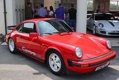 G352 XLL (Nivek.Old.Gold) Tags: 1989 porsche 911 carrera club sport 3164cc cs