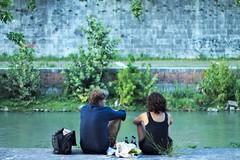 Talking (valerio.northside) Tags: roma rome talking parlare love man woman fiume rivere tevere tiber isola tiberina island water acqua