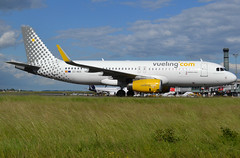 "EC-MER, Airbus A320-232(SL), c/n 6510, Vueling Airlines, ""Vueling my best dream"", CDG/LFPG 2019-06-08, taxiway Alpha-Loop. (alaindurandpatrick) Tags: ecmer cn6510 a320 a320200 a320232 airbus airbusa320 airbusa320200 airbusa320232 minibus jetliners airliners vy vlg vueling vuelingairlines airlines cdg lfpg parisroissycdg airports aviationphotography"