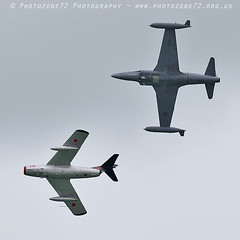 0819 Mig 15 & T33 Shooting Star (photozone72) Tags: eastbourne aircraft airshows airshow aviation canon canon7dmk2 canon100400f4556lii 7dmk2 t33 t33shootingstar mig mig15