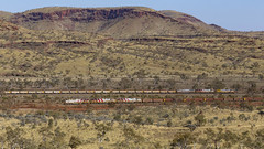 Rio Tinto Meet In The Hammersley Range (zwsplac) Tags: australia riotinto iron ore pilbara hammersley mountain range train railroad