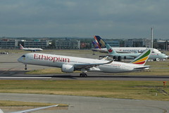 ET-AUC A350-941 Ethiopian (eigjb) Tags: heathrow airport london egll lhr aircraft airplane plane spotting aviation jet airliner aeroplane 2019 transport etauc a350941 ethiopian airbus a350