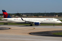 N381DZ - Delta Airbus A321 (AndrewC75) Tags: airplane aircraft airport airline airliner aviation delta atl atlanta hartsfield jackson international twin jet airbus a321