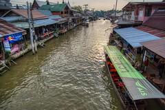 Amphawa floating market in Samut Songkhram, Thailand (UweBKK (α 77 on )) Tags: amphawa floating market canal khlong boat shopping river riverside samutsongkhram samut songkhram province thailand southeast asia sony alpha 77 slt dslr