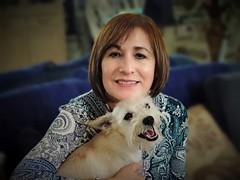 Nannette (Carlos A. Aviles) Tags: portrait retrato color nannetteportraitwomanbeautymujer belleza perro dog pet friend amigo mascota