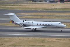 N440QS (LAXSPOTTER97) Tags: netjets gulfstream aerospace n440qs g450 cn 4025 airport airplane aviation kpdx