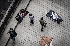 Flag Bearer (BisonAlex) Tags: ceskykrumlov czche克倫洛夫 ck小鎮 捷克 europe 歐洲 sony a73 a7iii a7m3 a7 taiwan 台灣 外拍 旅拍 travel 街拍 street streetphoto streetshot