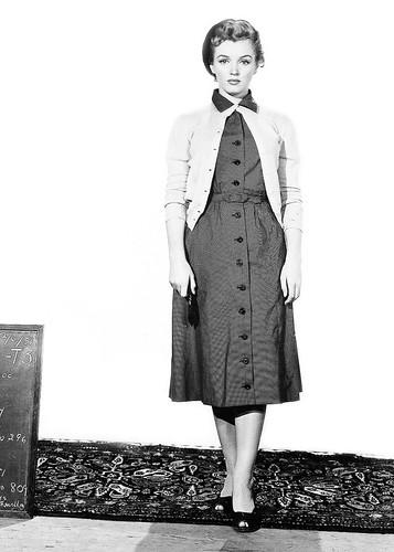 """Marilyn Monroe realizando un test de vestuario para """"Niebla en el alma"""", 1952"""