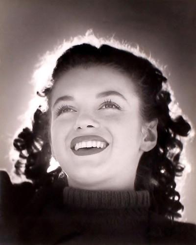 Marilyn Monroe fotografiada por André de Dienes, 1945
