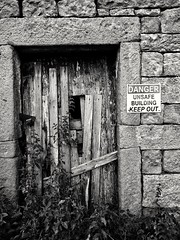Dangerous building (tubblesnap) Tags: grimwith reservoir yorkshire water snapseed motorola g6 black white mono bw danger unsafe barn building
