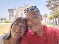 TRIESTE. MIRAMARE (FRANCO600D) Tags: ts trieste miramare fiorella io me memedesimo selfie ritratto franco600d explore coppia amore love