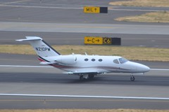 N210PM (LAXSPOTTER97) Tags: n210pm cessna citation mustang cn 5100301 maisley aviation llc airport airplane kpdx