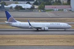 N38479 (LAXSPOTTER97) Tags: united airlines boeing 737 737900er n38479 cn 62817 ln 6212 airport airplane aviation kpdx