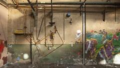 Zoïa (ostplp) Tags: exploration vintage ancien abandon abandonné électricité usine industriel industrie friche oublié forgotten decay urbex acierie steel mill graff graffiti tag