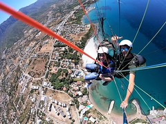 Like a Bird (Peter ( phonepics only) Eijkman) Tags: vacation vakantie cyprus flying