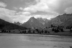 1451 (The Dent.) Tags: fujigwproii kodak tmax tmaxdev 14 6mins china tibet kham mediumformat filmphotography