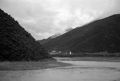 1448 (The Dent.) Tags: fujigwproii kodak tmax tmaxdev 14 6mins china tibet kham mediumformat filmphotography