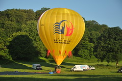 Canadian envelope, C-GIZJ (Tom_bal) Tags: saint jean sur richelieu nikon d90 aviation flying bristol hot air balloon canada canadian