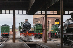 2999 entering loco shed (graham.trimming) Tags: didcotrailwaycentrereturn saintaugust2019gwrgredidcot railway centre returnofthesaint august 2019 gwr greatwesternrailway timelineevents