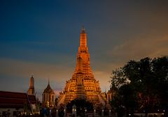 Wat Arun, der Tempel der Morgenröte (Jörg Kage) Tags: thailand asien bangkok watarun travel reisen canoneos700d eos700d canonlens magicmomentsinyourlifelevel3 thebestofmimamorsgroups contactgroups flickrsportal onlythebestofflickr magicmomentsinyourlife magicmomentsinyourlifelevel4