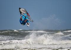 Römö - Surfer - Wassersport (4) (Pana53) Tags: photographedbypana53 pana53 römö inselrömö dänemark juetland island surfer sport sportler wassersportler wind wellen nordseeinsel northsea nikon nikond500
