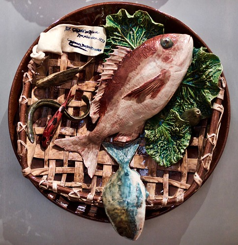 Plate with fishes and cabbage leaves (1893, November 7th) - Rafael Bordalo Pinheiro (1846-2005)
