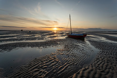 Meols Sunset (Rob Pitt) Tags: meols sunset boats sand lines wirral
