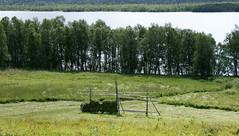 haystack (helena.e) Tags: helenae älsa husbil rv motorhome semester vacation vildmarksvägen wildernesroad holiday water vatten höstack haystack grön green