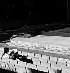 Girl reading the newspaper (pedrosimoes7) Tags: reading lendo girlreader caloustegulbenkiangarden lisbon portugal blackwhite gente readingthenewspaper gentedeportugal portuguesepeople