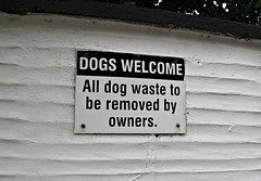Dogs welcome... (Peter Denton) Tags: notice warning dogswelcome ©peterdenton polperro cornwall westcountry england kernow canoneos100d