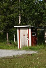toilet (helena.e) Tags: helenae älsa husbil rv motorhome semester vacation vildmarksvägen wildernesroad holiday dass utedass toalett toilet hjärta heart sagostig