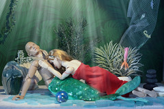 i kissed a merman and i liked it (photos4dreams) Tags: photos4dreams p4d photos photos4dreamz orlandobloom elf legolas schauspieler actor doll celebrity toy actionfigure toys 16 lordoftherings herrderringe tolkien mermaid man male merman