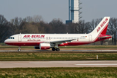 D-ABDO (PlanePixNase) Tags: aircraft airport planespotting haj eddv hannover langenhagen airberlin airbus 320 a320