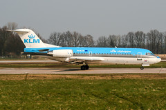 PH-KZR (PlanePixNase) Tags: aircraft airport planespotting haj eddv hannover langenhagen klm cityhopper fokker 70 f70