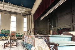 Mosq 7 (g.degieter) Tags: abandoned urbex urban exploring exploration piscine mosq swimming pool lost place decay belgium