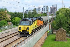 70802 @ Walthamstow Wetlands (crashcalloway) Tags: colas colasrail 70802 class70 uglybetty plug diesel locomotive walthamstowwetlands blackhorseroad gospeloaktobarkingline goblin tottenham freight train railway