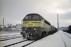 5308 Virton fin décembre 1999 (james.arnould) Tags: virton nohab afb locomotive diesel sncb serie reek 53