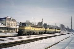 Virton fin décembre 1999 (james.arnould) Tags: virton nohab afb locomotive diesel sncb serie reek 53