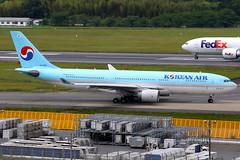 Korean Air   Airbus A330-200   HL7538   Tokyo Narita (Dennis HKG) Tags: aircraft airplane airport plane planespotting skyteam canon 7d 100400 tokyo narita rjaa nrt koreanair ke kal airbus a330 a330200 airbusa330 airbusa330200 hl7538