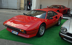 Ferrari 308 GTB 4 valvole (1984) // BZ-308LC (baffalie) Tags: auto voiture ancienne vintage classic old car coche retro expo italia sport automobile racing motor show collection club course race circuit italie padoue fiera moto bike motorbike motocycle